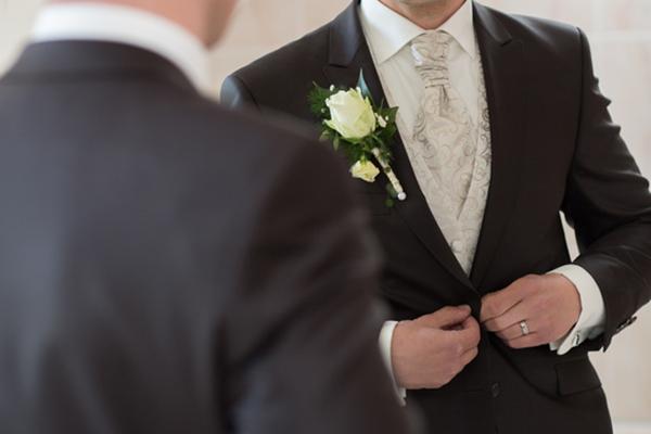Maßgeschneiderter Hochzeitsanzug vom Maßschneider Isenberg